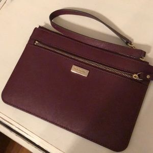 Kate spade wristlet! Burgundy! Like new!